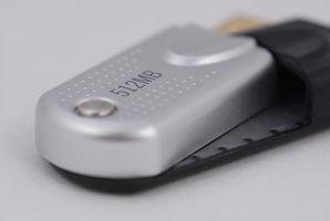So richten Sie eine Auto-laufen-Datei auf ein Thumb Drive