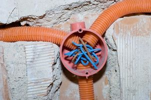 Gewusst wie: Verwenden Sie einen Kabel-Abzieher - Amdtown.com