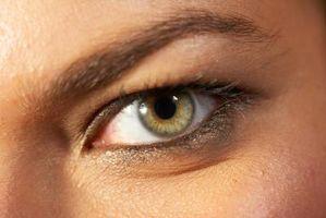 Wie Photoshop Eyeliner