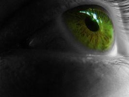 Gewusst wie: Ändern der Augenfarbe auf LunaPic