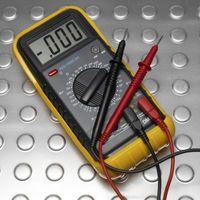 Wie überprüfe ich zu sehen, wenn ein Kondensator noch gut ist?