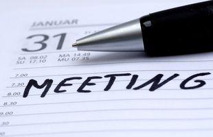Ein Treffen auf einen Outlook-Kalender ohne Antwort hinzufügen